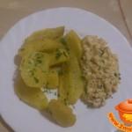 Картофель с соусом из креветок