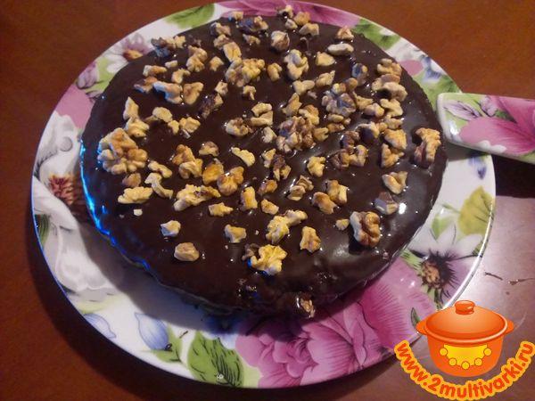 Как приготовить шоколадный пирог с фруктами и орехами